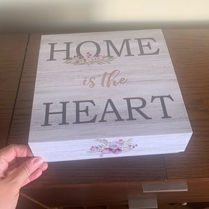 Home storage gift box. NEW